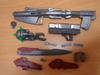 2010052331_hg00_gny001f_weapons